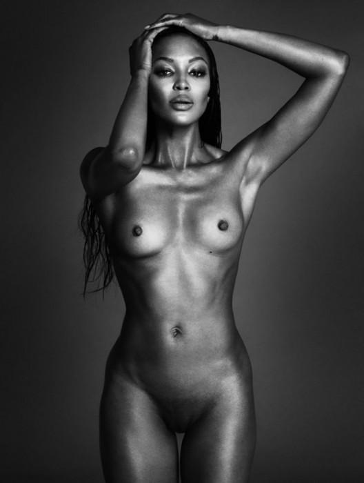 Sexy Naomi Campbell Nude