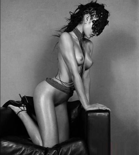 Sexy Olga Kurylenko Nude