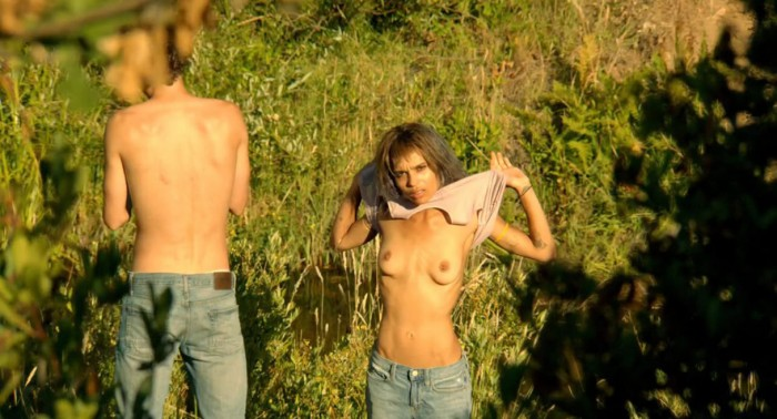 Zoe Kravitz nude photo
