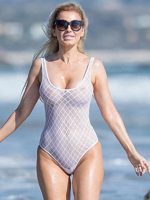 3-ana-braga-see-through-nipples