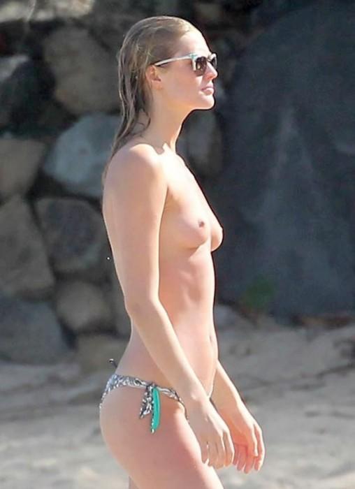 3-toni-garrn-topless-st-barts