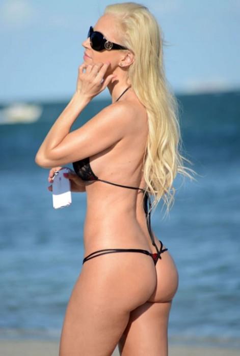 5-ana-braga-mini-bikini