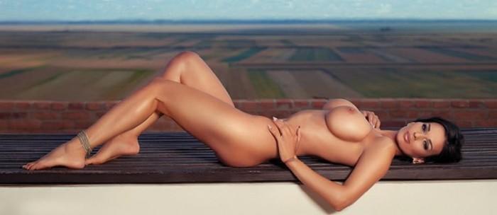 adina-barbu-naked-photos