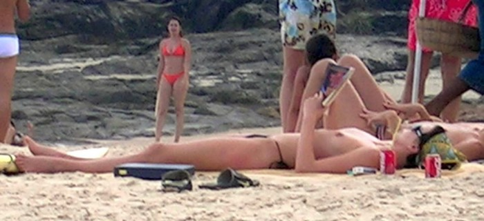 Charlize Theron Topless paparazzi photo