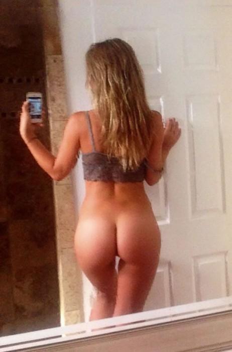 charlotte-mckinney-leaked-nude-photos