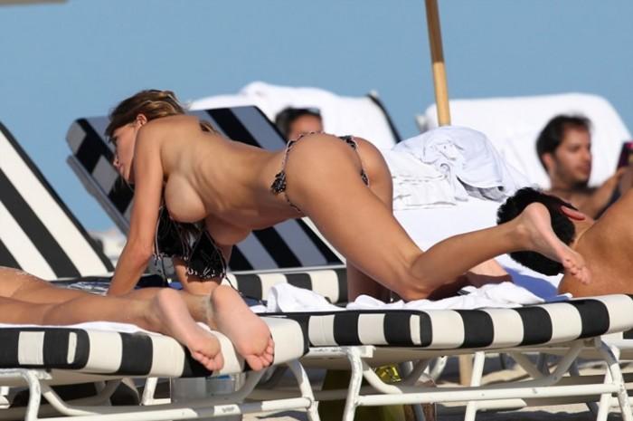 claudia-galanti-topless-pic