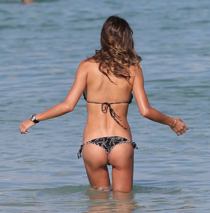 claudia-galanti-sexy-body
