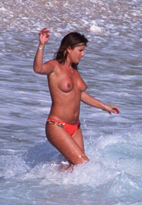 daisy-fuentes-topless-photo
