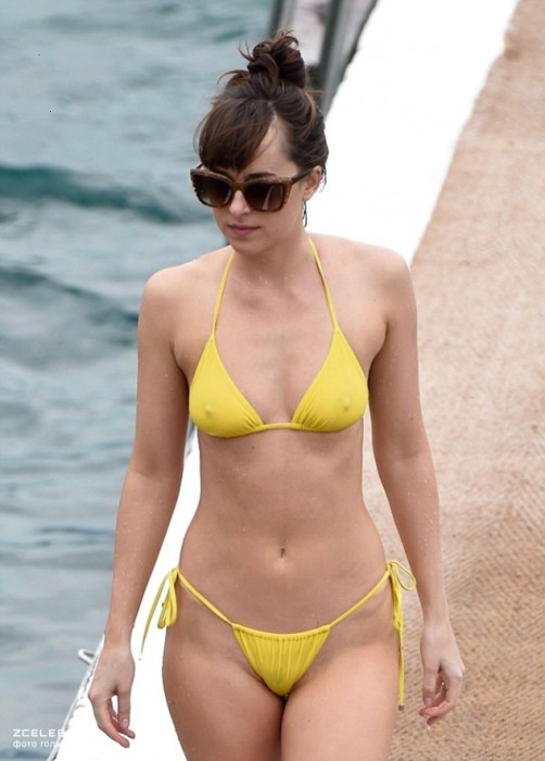 dakota-johnson-hot-bikini