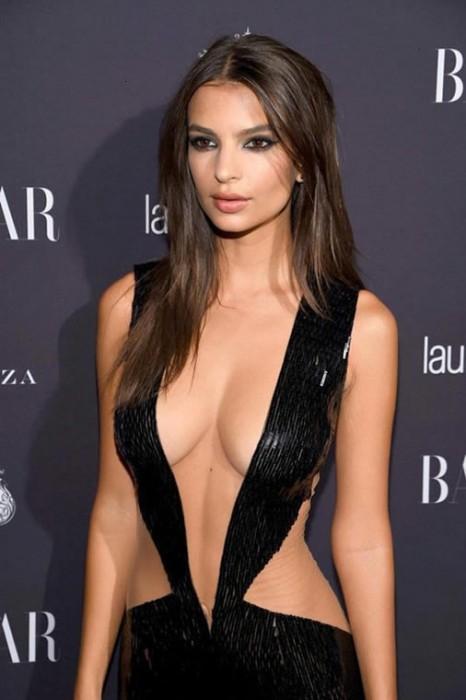 emily-ratajkowski-hot-cleavage-dress-party-new-york-fashion-week