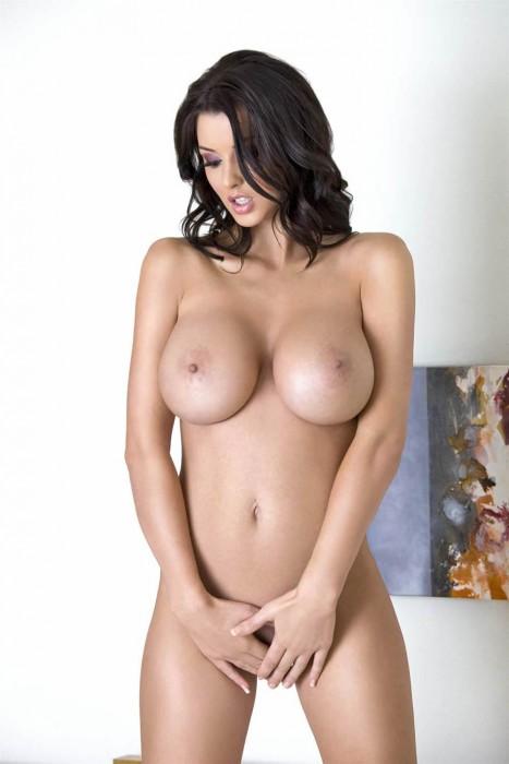 hot-alice-goodwin-naked