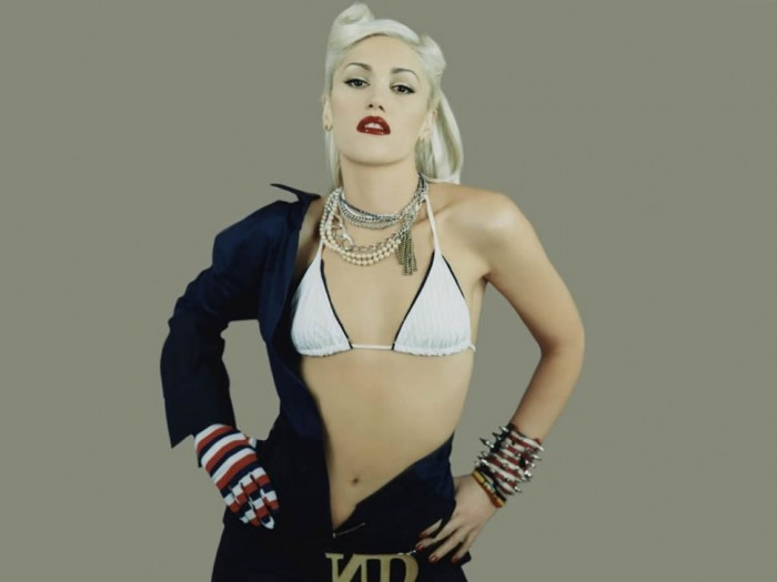hot-and-sexy-gwen-stefani