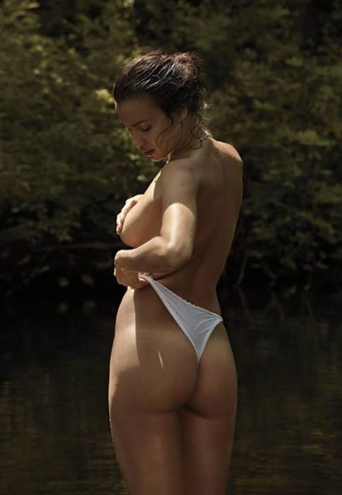 irina-shayk-booty