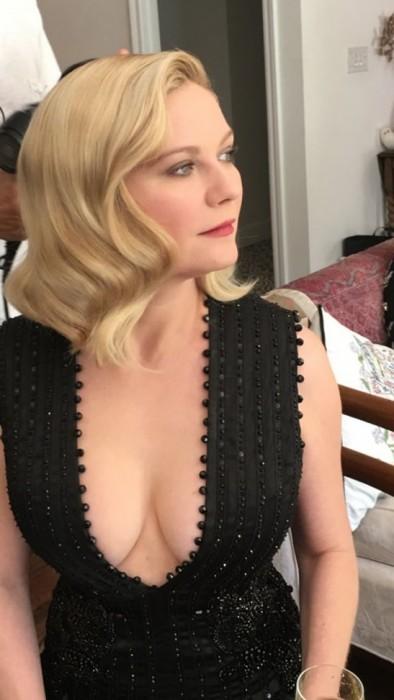 kirsten-dunst-cleavage