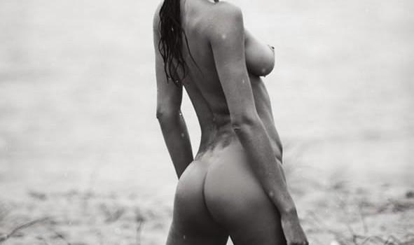 Lais Ribeiro Naked and Sexy (10 Photos)