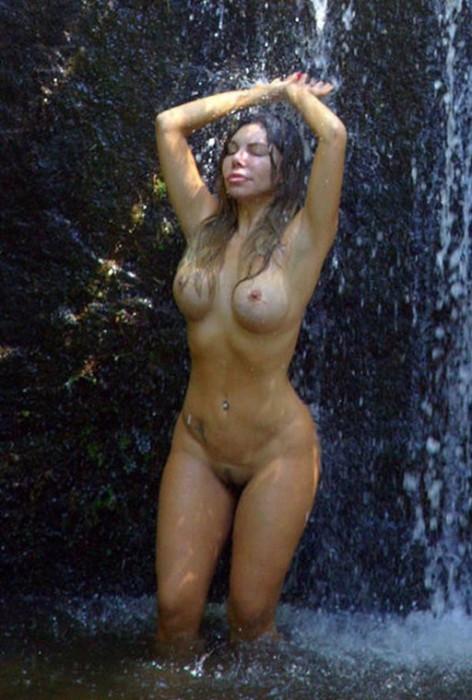 liziane-gutierrez-naked