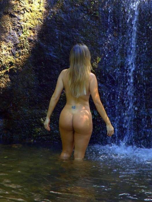 liziane-gutierrez-naked-sexy-ass