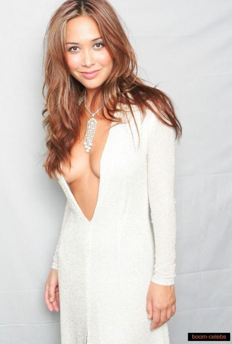 myleene-klass-sexy-boobs