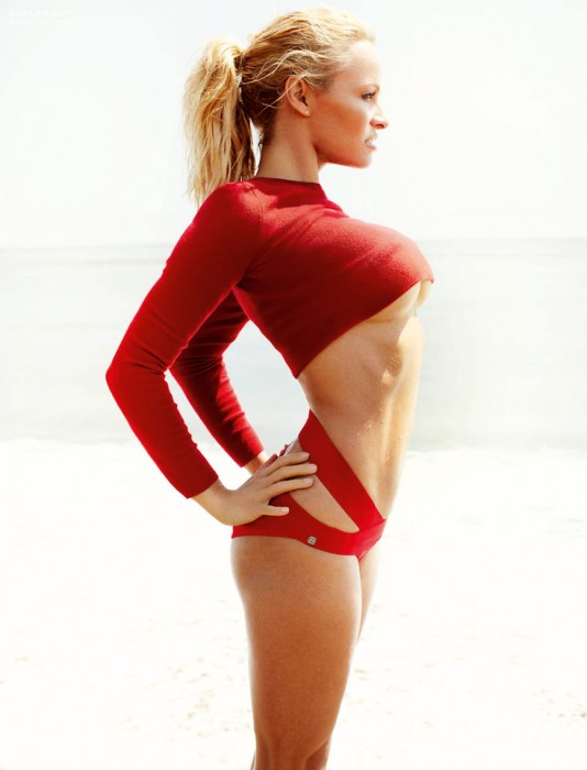 pamela-anderson-sexy-body