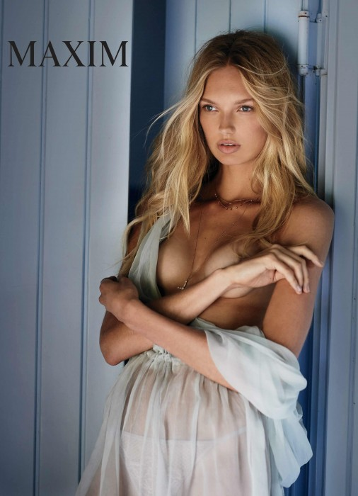 romee-strijd-boobs
