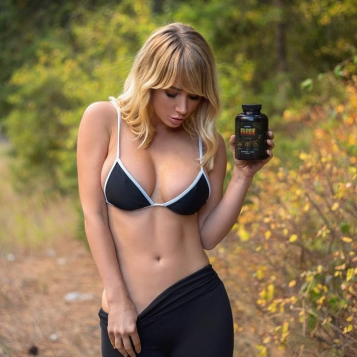 sara-jean-underwood-hot-pic