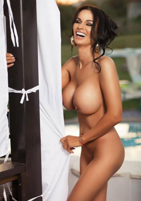 sexy-adina-barbu-nude