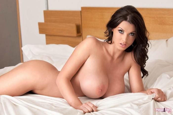 sexy-alice-goodwin-naked-pics