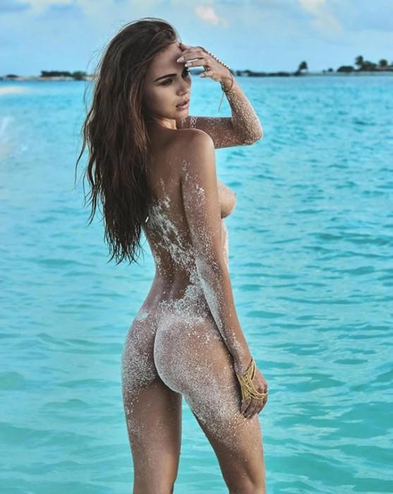 sexy-booty-xenia-deli-naked
