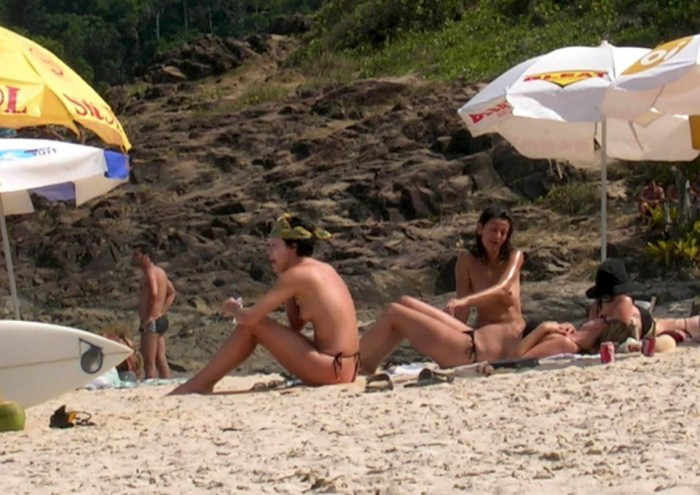 Sexy Charlize Theron Topless at the beach