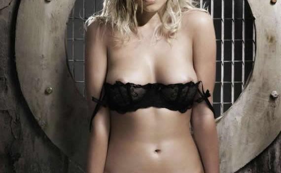 Kristen Bell Nude (12 Photos)