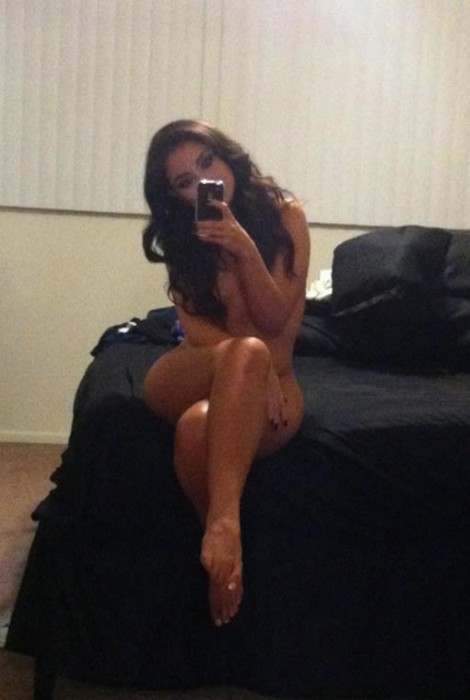 uldouz-wallace-nude-leaked-photos