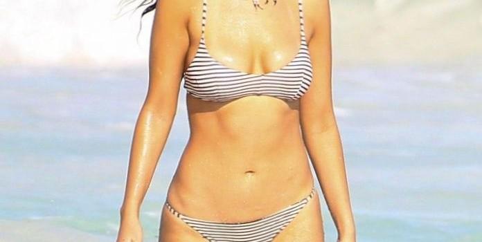 Eiza Gonzalez Bikini Candids (18 Photos)