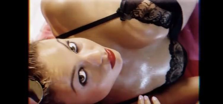 Rose Bertram by Phil Poynter – LOVE Advent 2016 Day 30 (Hot Video)
