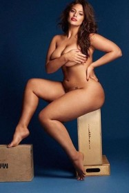 Ashley Graham Nude Photo