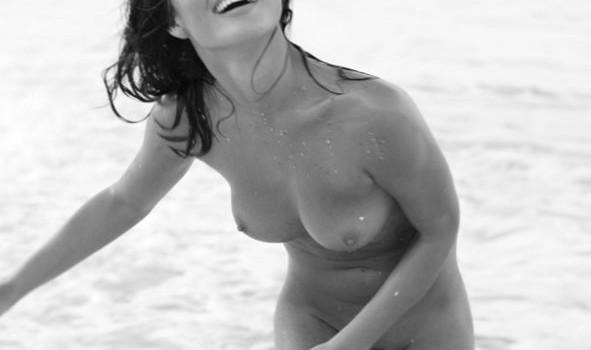 Chrissy Teigen Nude (20 Photos)