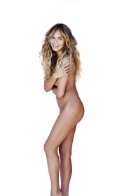 Chrissy Teigen Nude