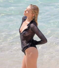 Elsa Hosk Sexy Body