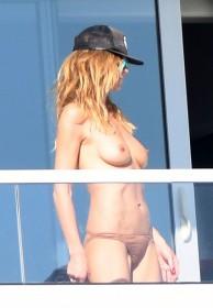 Heidi Klum Topless Photo