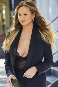 Sexy Chrissy Teigen Cleavage Photo