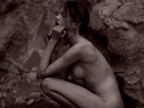 Sexy Stella Maxwell Naked