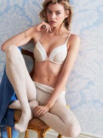 Stella Maxwell Hot Pic