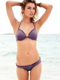 Stella Maxwell in sexy bikini