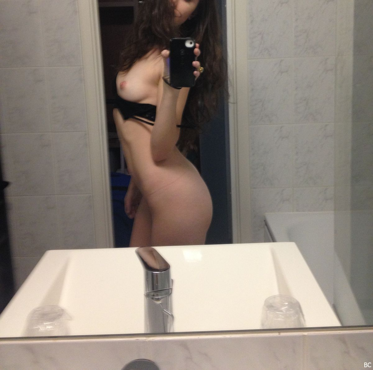 Pregnant fergie bikini