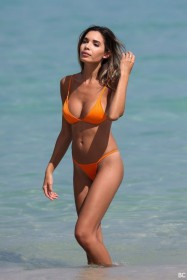 Jasmine Tosh in bikini images