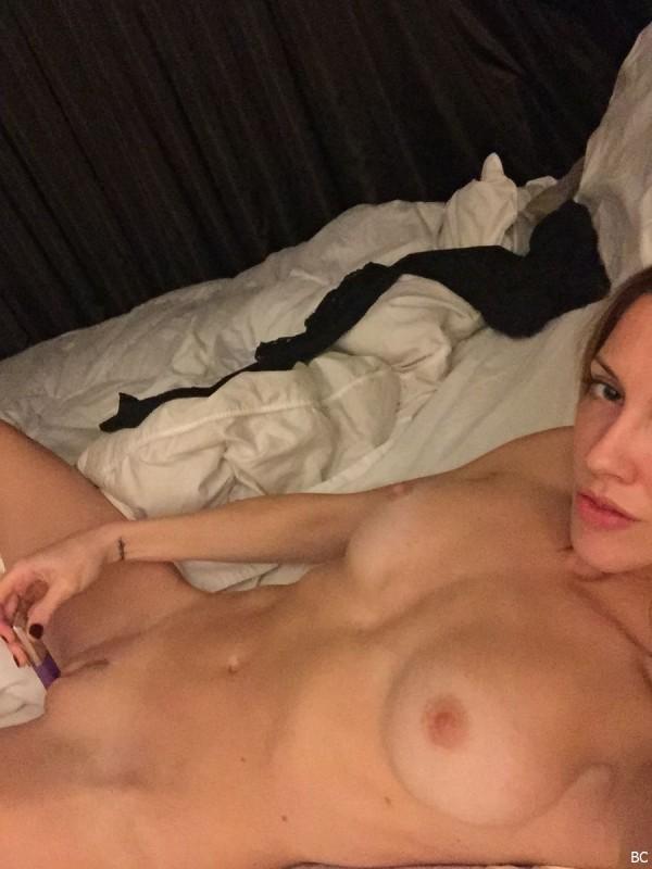 Katie Cassidy Naked Leaked Photo