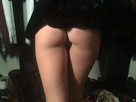 Lili Simmons Hot