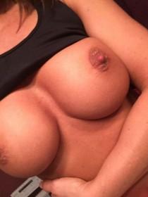 Lisa Marie Varon Boobs Leaked Photo