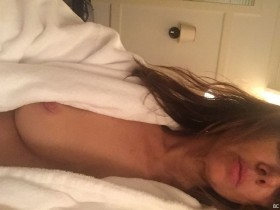Natasha Leggero Nipple