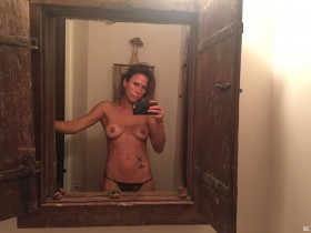 Rhona Mitra Naked Leaked Photos