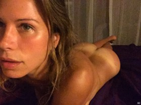Rhona Mitra Naked Private Pictures